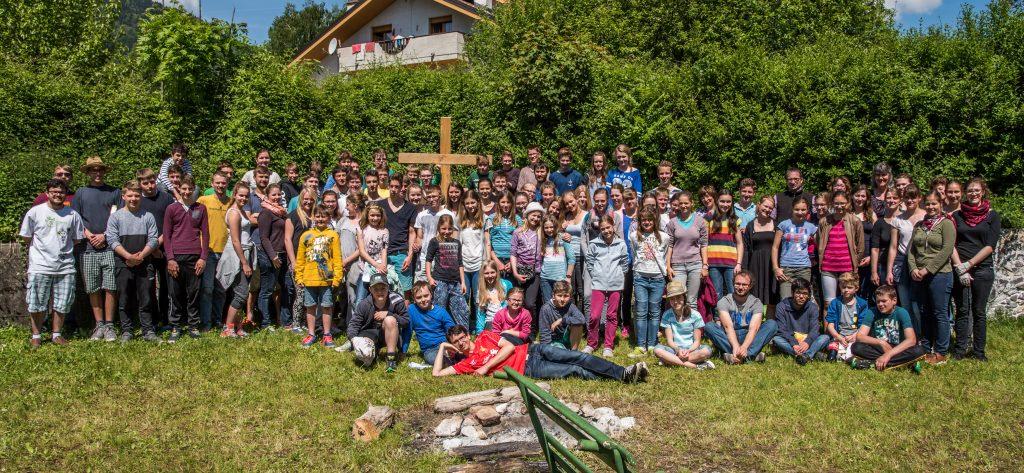 Alle Teilnehmer und Betreuer der Ministranten Holzkirchen Freizeit in Arta Terme
